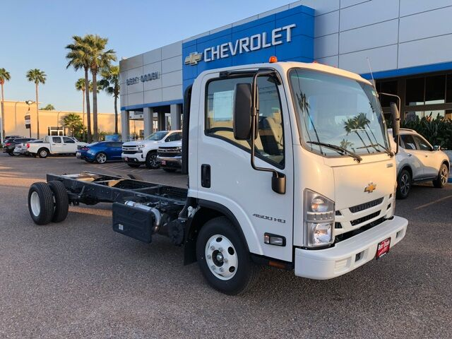 2017 Chevrolet 4500 HD LCF CAB AND CHASSIS Mission TX