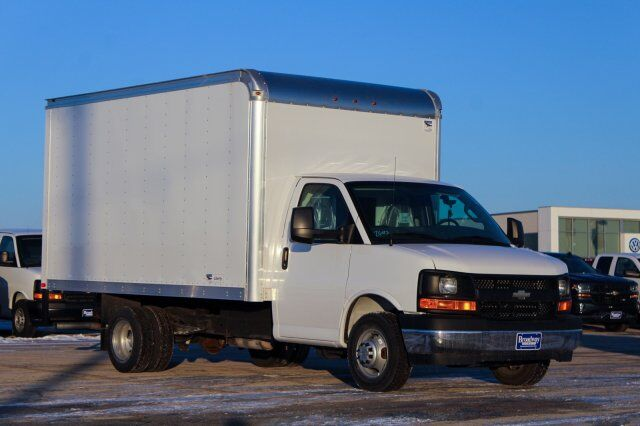 2017 Chevrolet Express Commercial Cutaway  Green Bay WI
