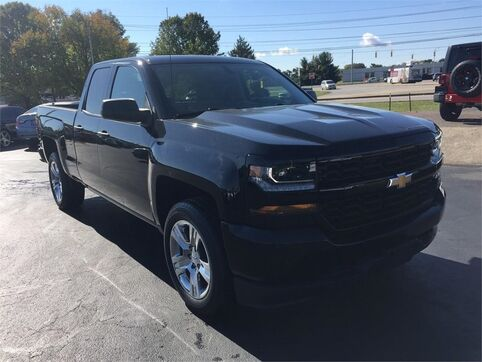 2017_Chevrolet_Silverado 1500_4WD DOUBLE CAB 143.5 CUSTOM_ Evansville IN