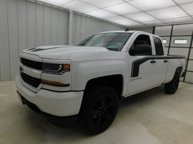 2017 Chevrolet Silverado 1500 4WD Double Cab 143.5 Custom Manhattan KS