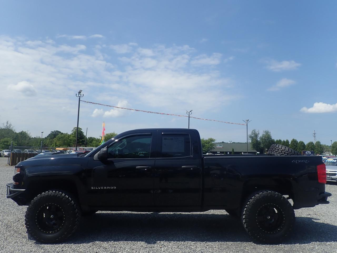 2017 Chevrolet Silverado 1500 Custom Double Cab 4WD EXTRAS LIFT Cranberry PA
