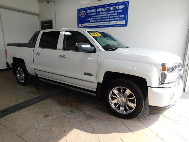 2017 Chevrolet Silverado 1500 HIGH COUNTRY CREW LEATHER SUNROOF Listowel ON