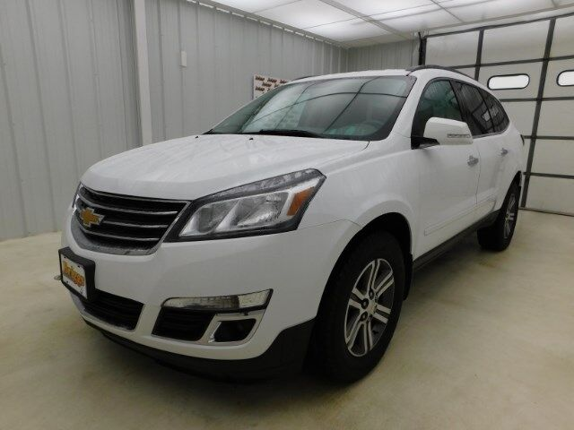 2017 Chevrolet Traverse AWD 4dr LT w/2LT Manhattan KS