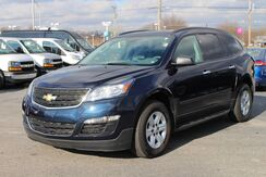 2017_Chevrolet_Traverse_LS_ Fort Wayne Auburn and Kendallville IN