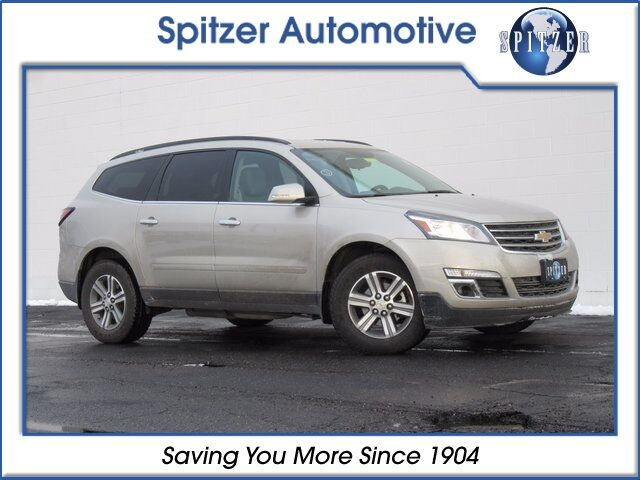 2017 Chevrolet Traverse LT Cloth Amherst OH