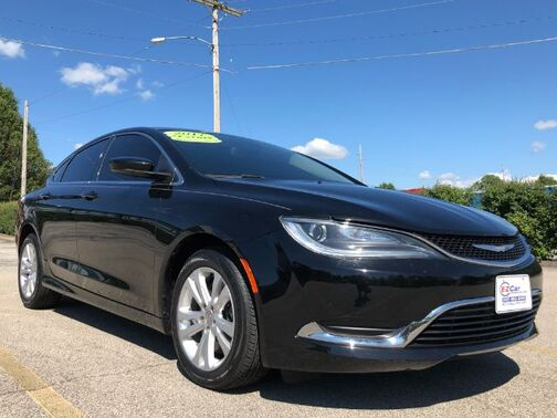 2017_Chrysler_200_Limited_ Frankfort KY