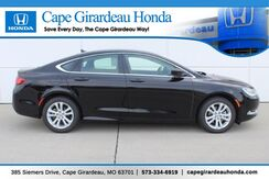 2017_Chrysler_200_Limited Platinum_ Cape Girardeau MO