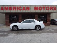 2017_Chrysler_300_Limited_ Brownsville TN