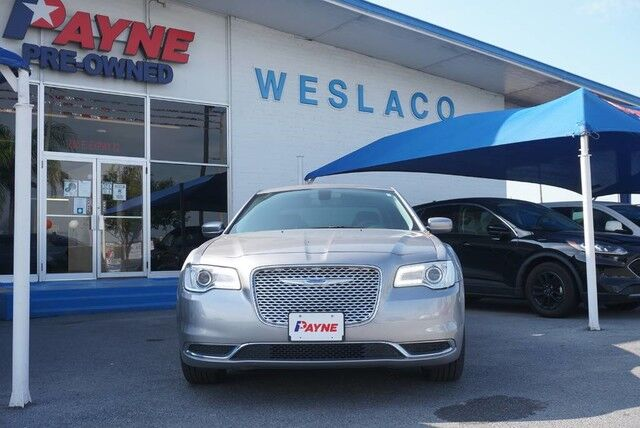 2017 Chrysler 300 Limited Weslaco TX