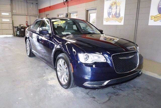 2017 Chrysler 300 Limited Lake Wales FL