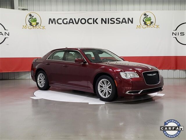 2017 Chrysler 300 Limited Rockwall TX
