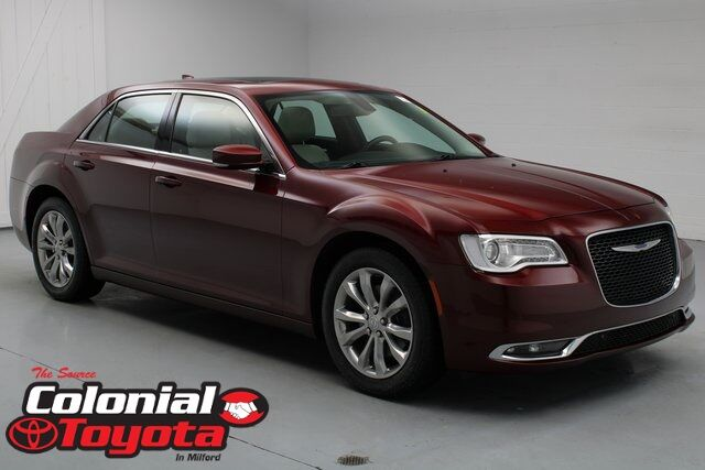2017 Chrysler 300 Limited Milford CT