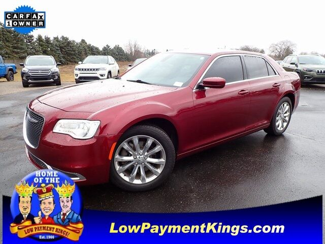 2017 Chrysler 300 Limited Monroe MI