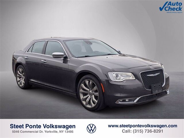 2017 Chrysler 300C Base Yorkville NY