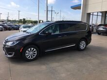 2017_Chrysler_Pacifica_4DR WGN TOURNG L FWD_ Wichita Falls TX