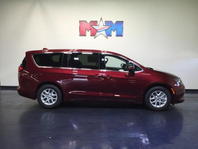 2017 Chrysler Pacifica LX FWD Christiansburg VA