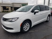 2017_Chrysler_Pacifica_LX_ Fort Wayne Auburn and Kendallville IN