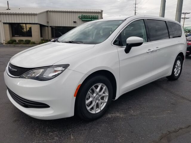 2017 Chrysler Pacifica LX Fort Wayne Auburn and Kendallville IN