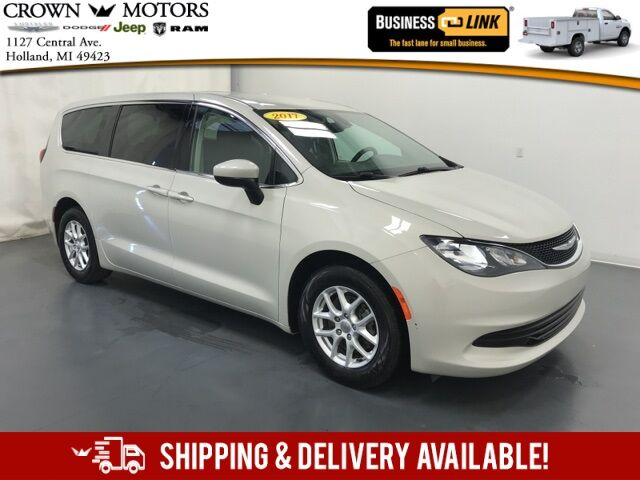 2017 Chrysler Pacifica LX Holland MI