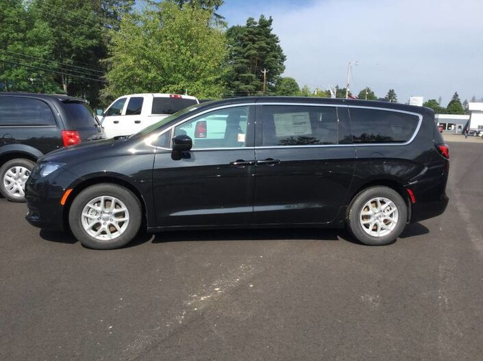 2017 Chrysler Pacifica LX Rock City NY
