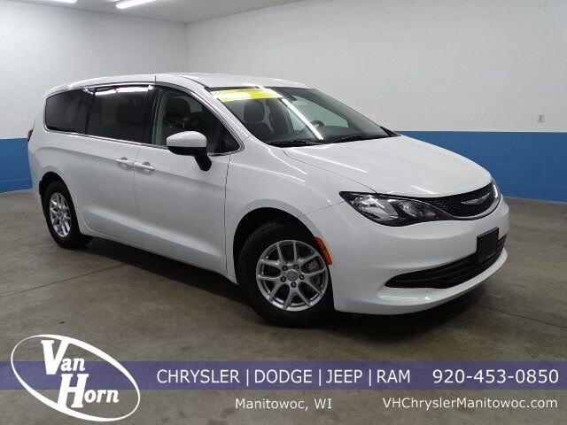 2017 Chrysler Pacifica LX Manitowoc WI