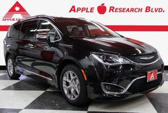 2017_Chrysler_Pacifica_Limited_ Austin TX