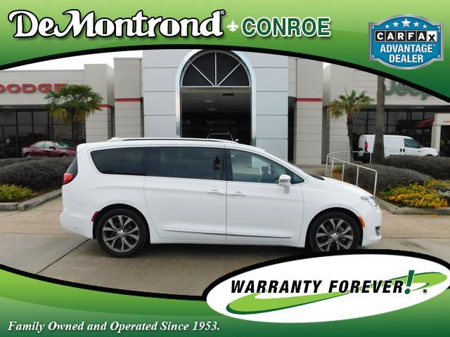2017 Chrysler Pacifica Limited FWD Conroe TX