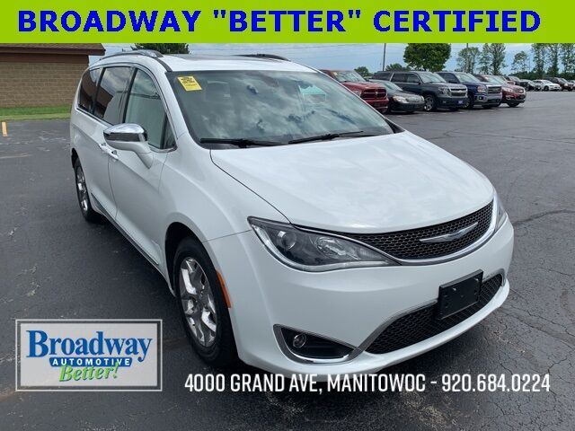 2017 Chrysler Pacifica Limited Manitowoc WI
