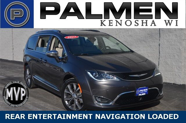 2017 Chrysler Pacifica Limited Kenosha WI