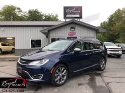 2017_Chrysler_Pacifica_Limited_ Middlebury IN