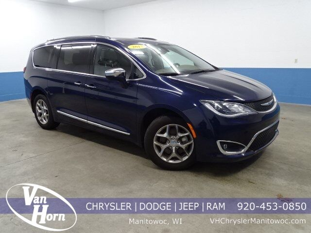 2017 Chrysler Pacifica Limited Milwaukee WI