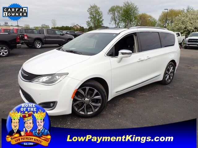 2017 Chrysler Pacifica Limited Monroe MI