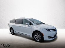 2017_Chrysler_Pacifica_Limited_ Orlando FL
