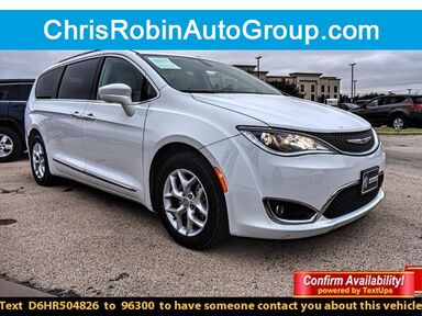 2017_Chrysler_Pacifica_TOURING-L PLUS FWD_ Midland TX