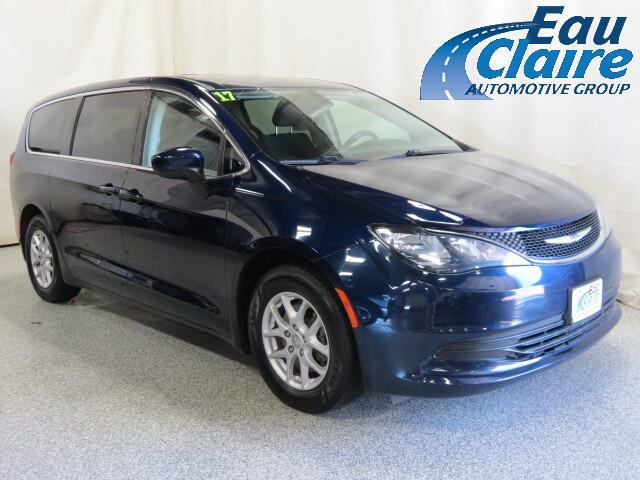 2017 Chrysler Pacifica Touring FWD Altoona WI