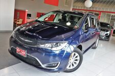 2017 Chrysler Pacifica Touring-L Backup Camera 1 Owner