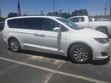 2017_Chrysler_Pacifica_Touring-L_ Decatur AL