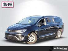 2017_Chrysler_Pacifica_Touring-L_ Fort Lauderdale FL