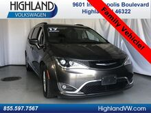 2017_Chrysler_Pacifica_Touring-L_ Highland IN