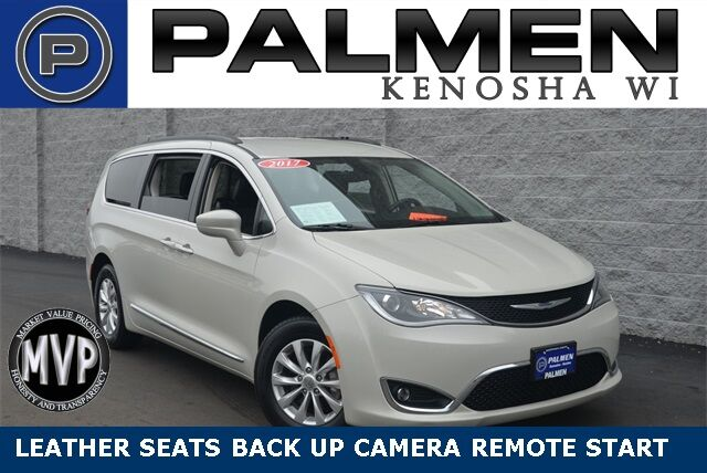 2017 Chrysler Pacifica Touring L Kenosha WI