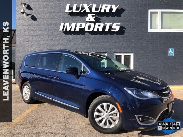 2017 Chrysler Pacifica Touring L Leavenworth KS