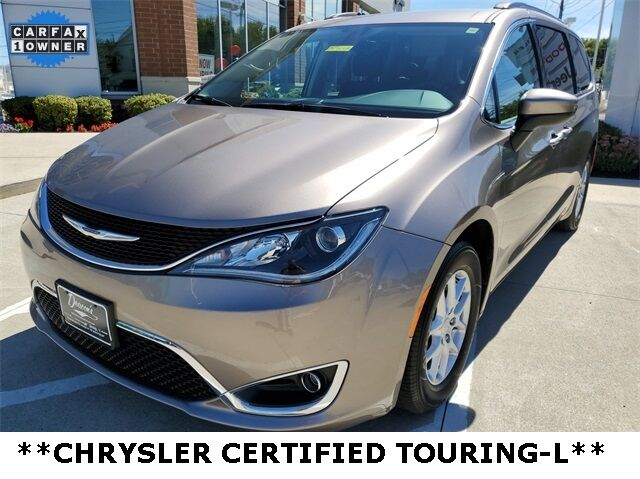 2017 Chrysler Pacifica Touring L Mayfield Village OH