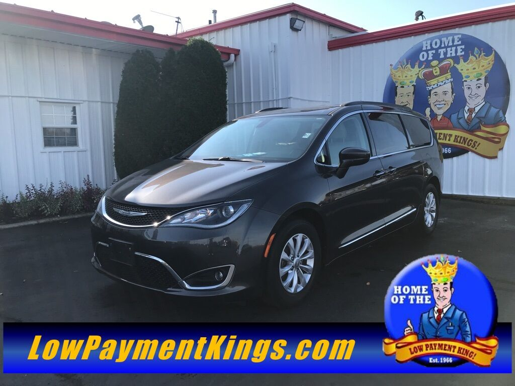 2017 Chrysler Pacifica Touring L Shelby OH