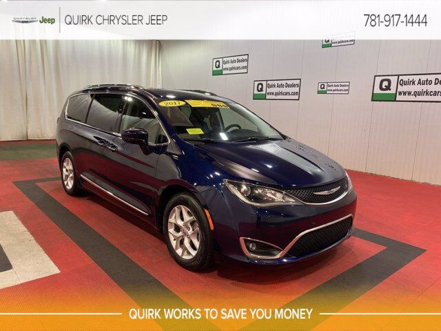 2017 Chrysler Pacifica Touring-L Plus Braintree MA