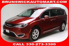 2017_Chrysler_Pacifica_Touring-L Plus FWD_ Brunswick OH