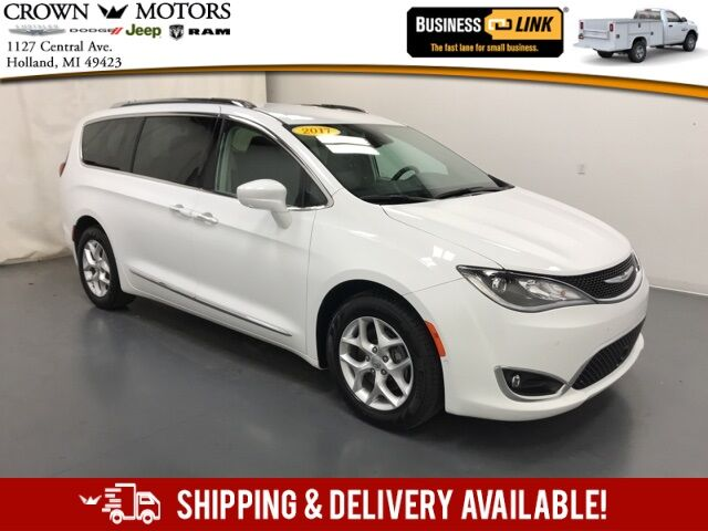 2017 Chrysler Pacifica Touring L Plus Holland MI