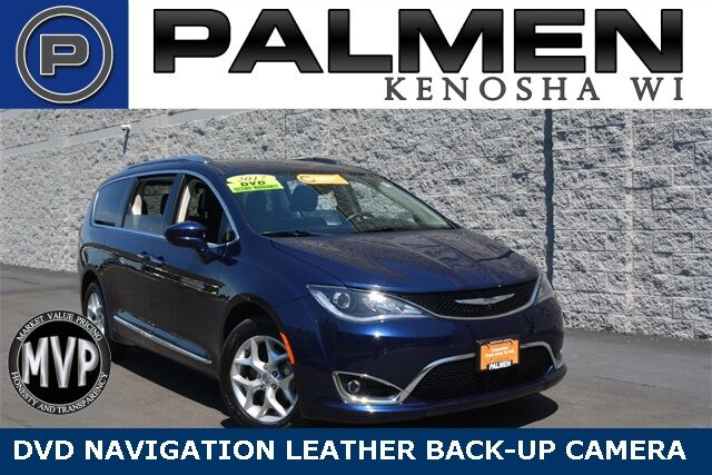 2017 Chrysler Pacifica Touring L Plus Racine WI