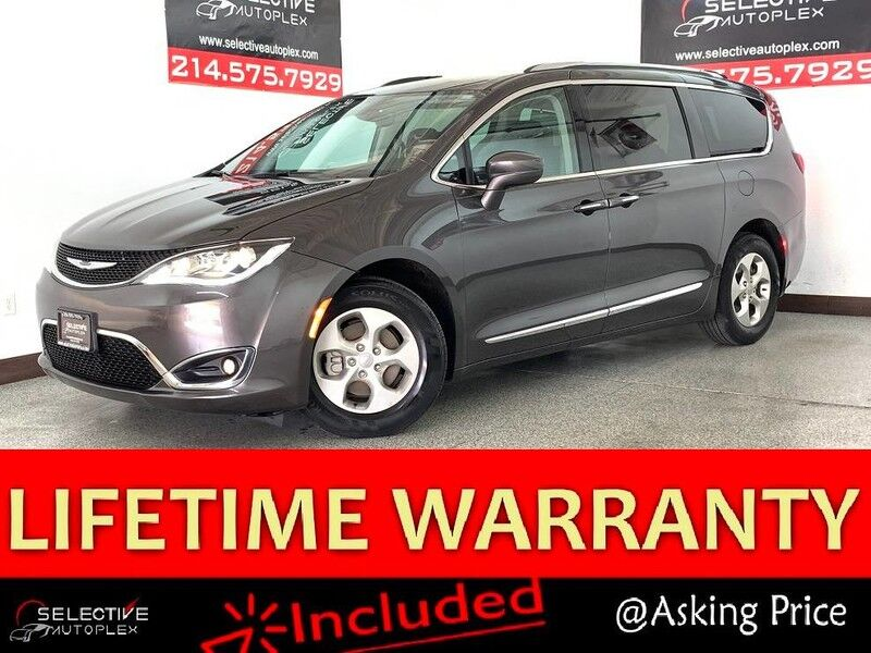 2017 Chrysler Pacifica Touring-L Plus, NAV, DVD PLAYER, REAR VIEW CAM, HEATED FRONT/REAR SEATS Carrollton TX