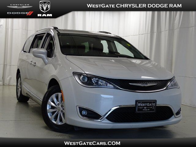 2017 Chrysler Pacifica Touring-L Raleigh NC