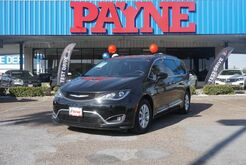 2017_Chrysler_Pacifica_Touring-L_ Weslaco TX
